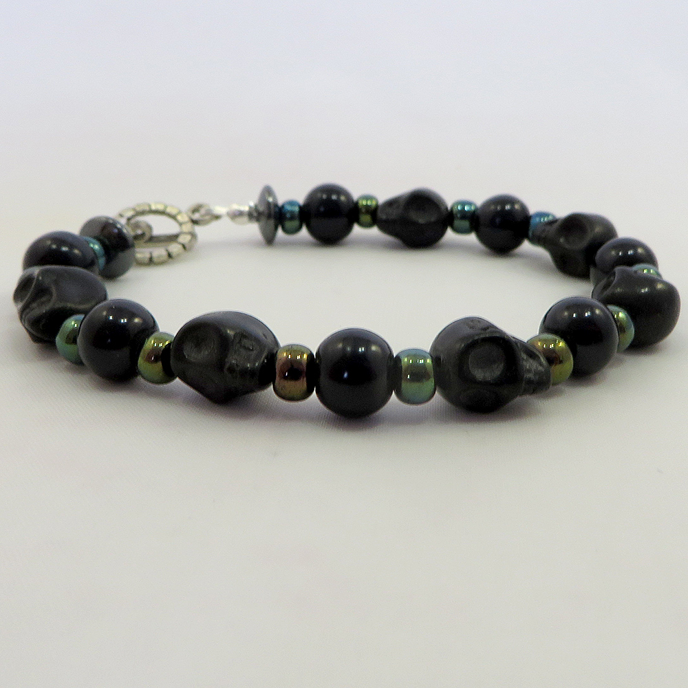Skulls Ahoy (Black) - Bracelet - Weezie World