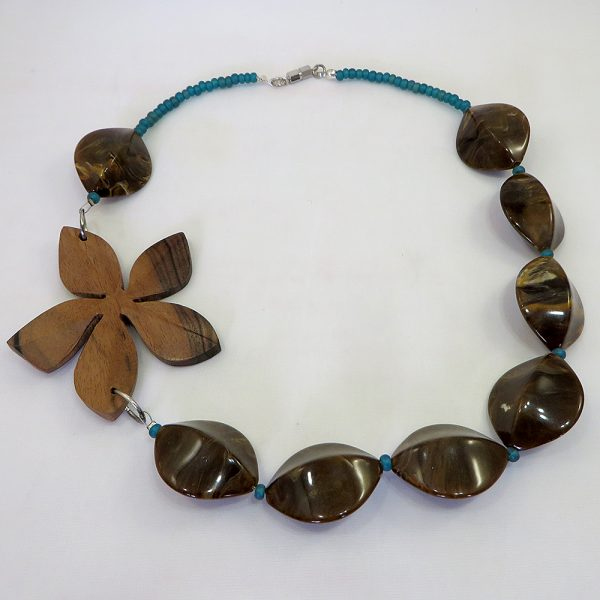 Flower Power - Necklace - Weezie World