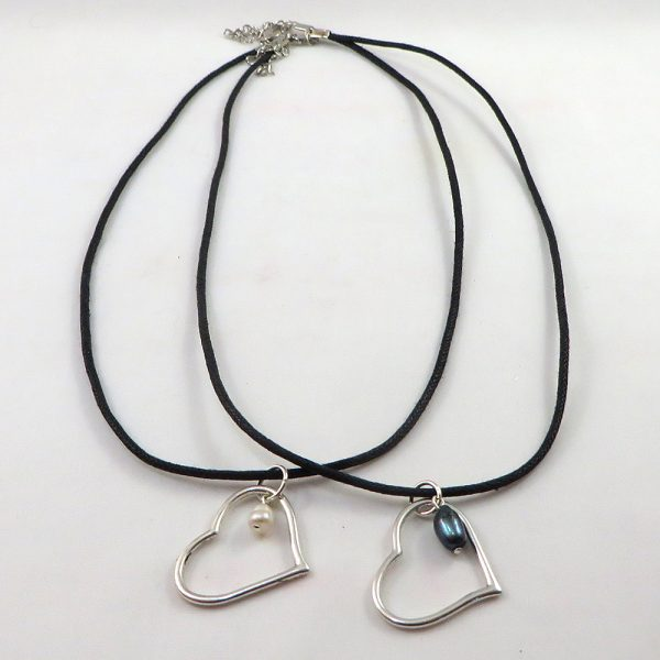 A Casual Heart - Necklace - Weezie World