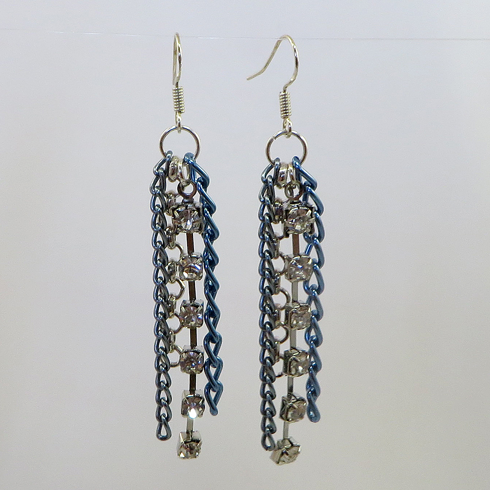 Rhinestone and chain earrings - Weezie World