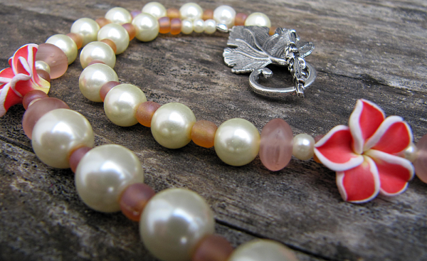 Flowers & Pearls - Necklace - Weezie World